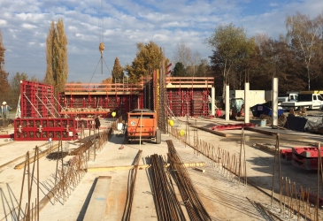 Bayreuth Youth Hostel takes shape